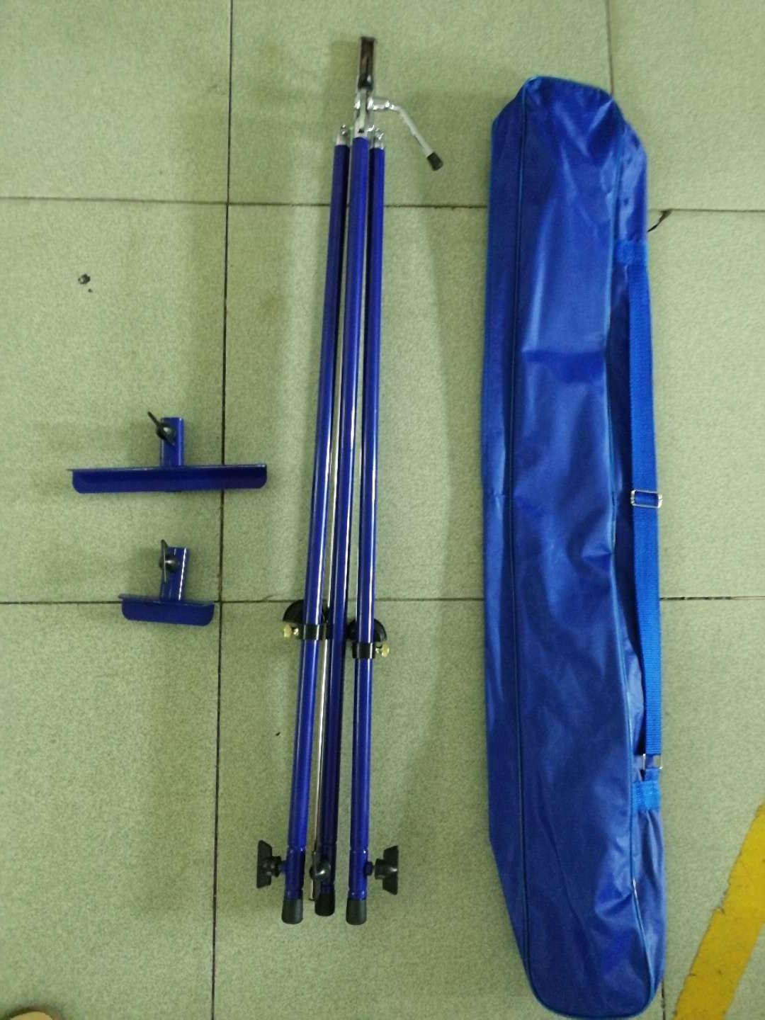 Italian style travel easel, adjustable.+ case lightweight $49